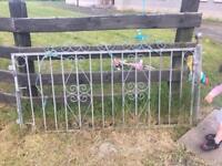 Galvanised garden driveway Gates (13ft inc posts)
