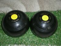 Thomas Taylor 2.10 crown green bowls,in very good condition,no marks, with additional bowls bag,