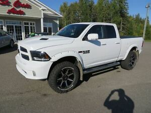 2015 Ram 1500 Sport 4X4, LIFT KIT!