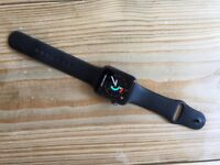 Apple Watch Space Grey Series 3 42mm - Like New