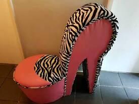 Stiletto shoe chair