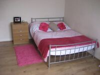 LOVELY DOUBLE ROOM TO RENT NOW NEXT TO LONDON BRIDGE !!!!!