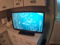 Toshiba LCD TV DVD Built In 24