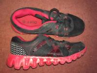 Red Duff Running Shoes Size 5