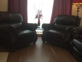 2 comfortable arm chairs for sale