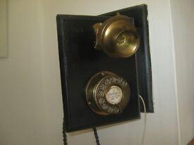 antique working phone