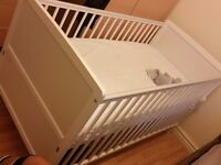 Baby Cot for sale (used)