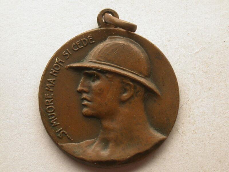 Italy 1920 Fante Eroico Medal Quarter Size