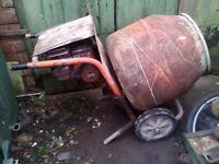 Belle 140 Petrol Cement Mixer. Belle 140, Briggs & Stratton Petrol mixer