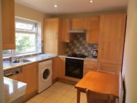 Spacious and bright 1 double bedroom flat in North Finchley