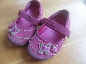 Girls John Lewis shoes in size 4