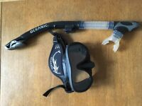 Oceanic Shadow Mask and Ultra Dry Snorkel - Adult XS, black