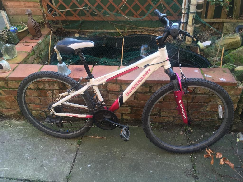 Unisex mountain bike ideal for the commute or just keeping fit