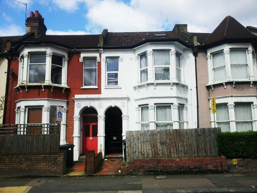Turnpike Lane, N8 0BB-Great Studio Flat-Inclusive of Heating, Hot water & W/Rates. Great Value!