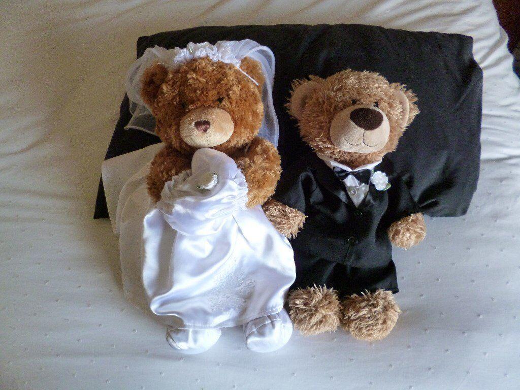 Build A Bear Wedding Both In Good Condition