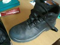 Safety Shoes (used)
