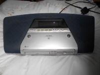 AIWA MD/CD Mini-disc Stereo Radio Receiver with remote control