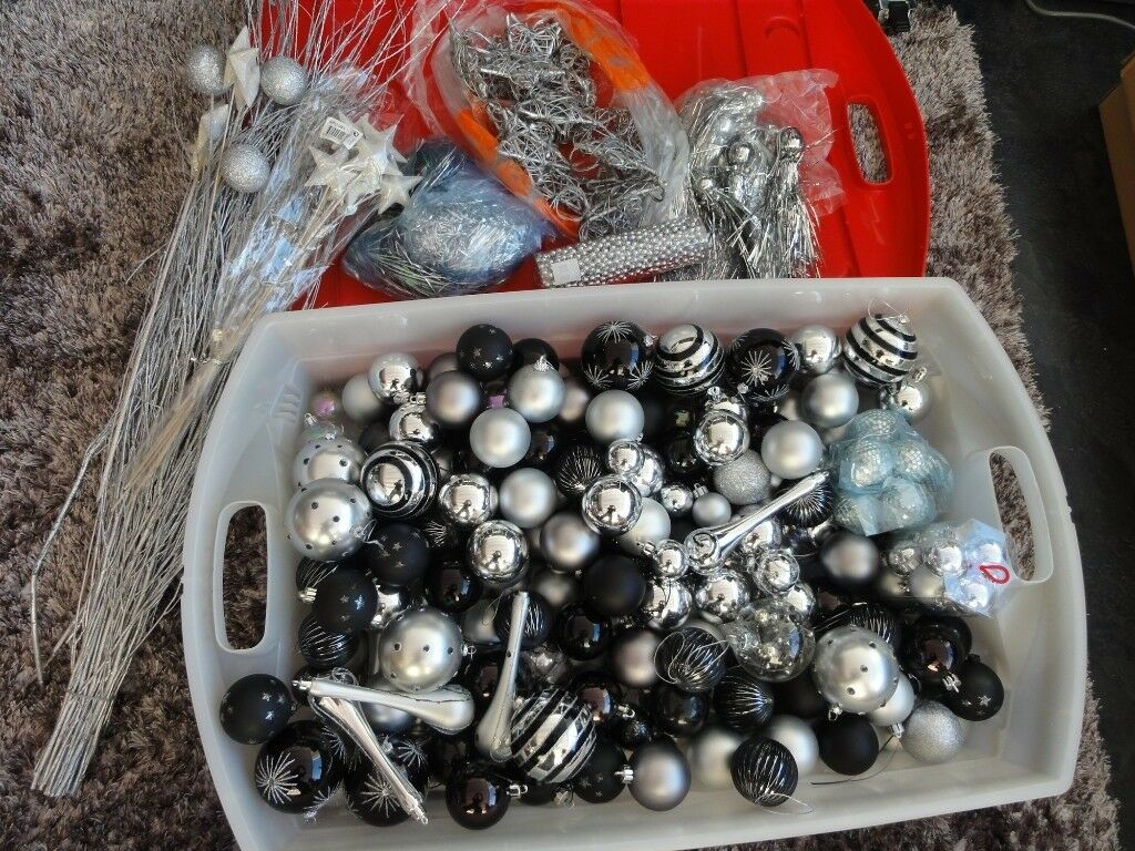 Assorted Christmas Baubles Xmas Table Decorations Flowers In