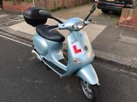 PIAGGIO VESPA ET4 sky blue 125cc low mileage hpi clear!!!