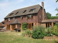 Mon - Fri 5 days a week lodging in family house. Executive double bedroom, ensuite and facilities
