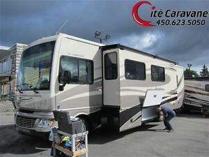 2012 Fleetwood Bounder 35H 2012 Classe A 2 extensions FULL PAINT