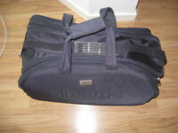 Albatros suitcase, Like new! 60x36x36 cm larger inner volume than a rectangular suitcase