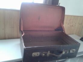 Old suitcase (made in India)