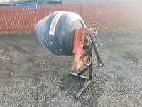 Tractor hydraulic driven cement mixer in excellent condition
