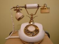 PHONE TELEPHONE ANTIQUE STYLE - WORKING ORDER
