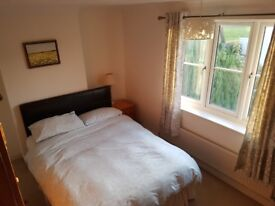 En-suite double room available in Stanway, Colchester.