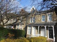 2 bedrooms in Pemberton Drive BD7