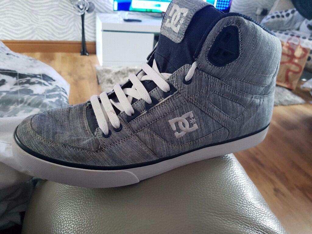 DC Shoes high top trainers size 10.5