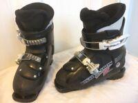 Salomon Kids ski boots for child size 11 to 12 (mondo 19-19.5)