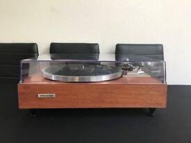 Vintage Pioneer PL514 turntable