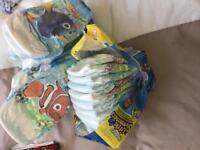 Huggies little swimmers nappies size 3-4