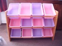 CHILDS STORAGE RACK WITH 12 PLASTIC CONTAINERS