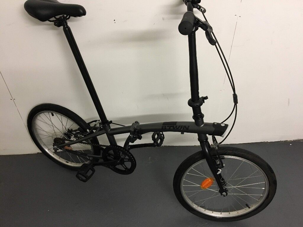 Btwin Tilt 100 Folding Bike In Nearly New Condition In