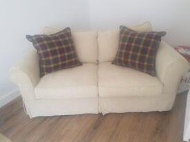 3 seat / 2 seater sofa