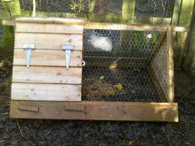Chicken/rabbit run
