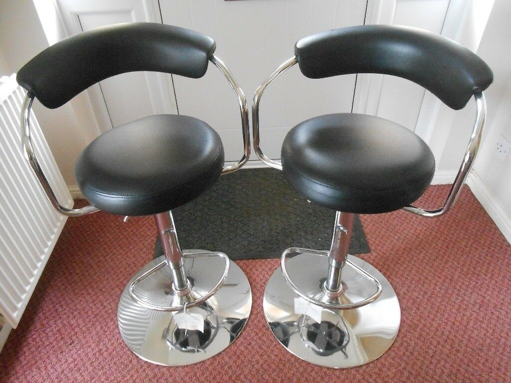 Gas Lift Bar Stools Pair With Padded Back Arm Rest