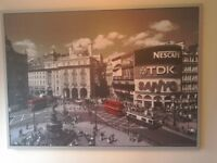 Large picture print of Picadilly Circus London.