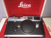 Leica M6 Classic Body. 35mm rangefinder film camera