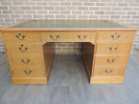 """Oak Large Chunky Desk with Leather Top 3 parts """"Ref 104"""" (UK Delivery)"""