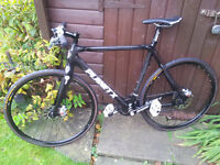 HYBRID PLANET X FULL CARBON BIKE BRAND NEW ( COST NEW £850) A BARGAIN AT £495