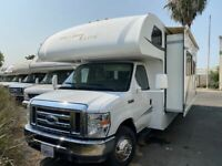 2014 Ford Econoline Commercial Cutaway  12483 Miles  Specialty Vehicle 10 Cylind