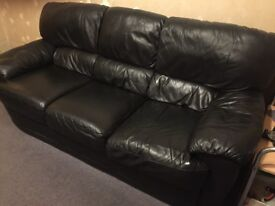 *2xLARGE LEATHER SOFAS* Good as new - 1x 3SEATER, 1x2Seater