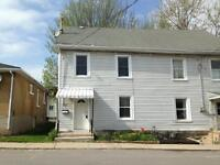 ATTN STUDENTS: GREAT 4 BD NEAR QUEENS! INCLUSIVE! 71 Stanley St