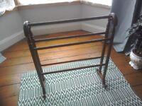 Wooden clothes/towel rail