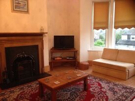 Spacious Double Room in Gorgeous Aberdeen flat