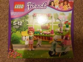 Lego friends mias lemonade stand